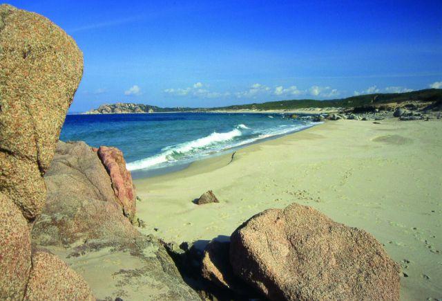 Verbringen sie ihren urlaub mit best2camp in italien for Sardinien campingplatze